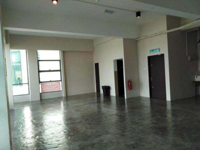 Floor Space 5 Front
