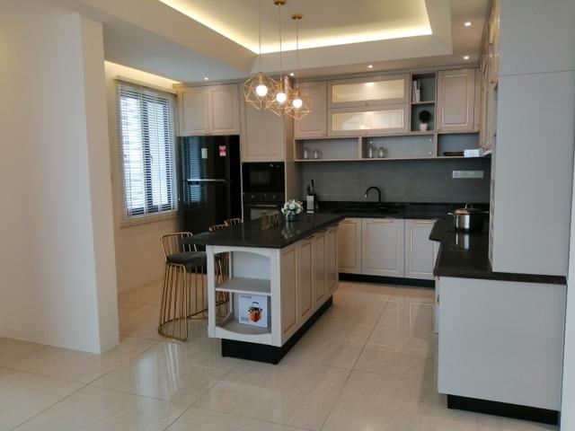 Kitchen Duplex